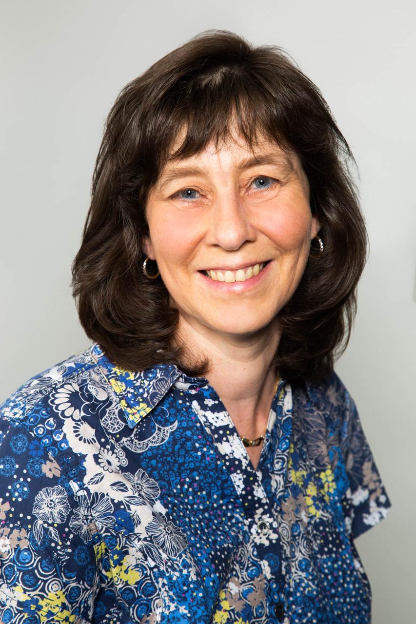 Iris Holschbach